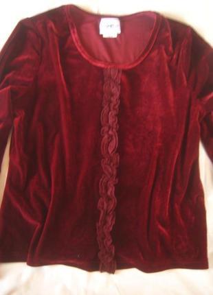 Эффектная бархатная блуза