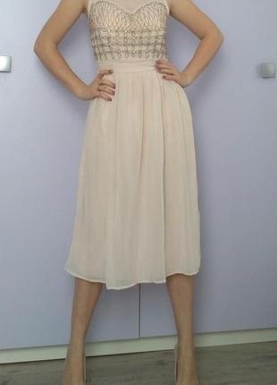 Лёгкое. нарядное платье шифоновое нежное бежевое в молочном цвете1 фото