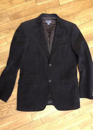Стильный, очень красивый пиджак из микро-вельвета