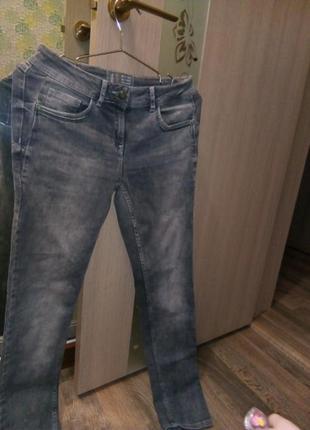 Классные джинсы cecil 28 р.