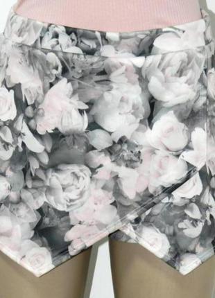 Красивые шорты, юбка-шорты, s-m, в идеале