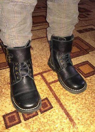 Крутые кожаные ботинки на мальчика vertbaudet