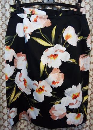 Шикарная новая коттоновая юбка в цветы  от precis 12 рр.