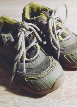 Фирменные ботинки для малыша superfit