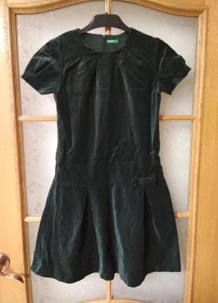 Шикарное бархатное платье для девочки р. 148-+158 от. benetton