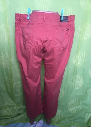 Кораловые брюки прямого кроя\пот 553