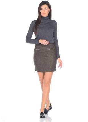 Плотная теплая  юбка-трапеция цвета хаки  с карманами на молнии