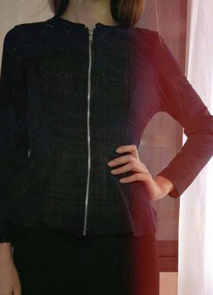 Красивая женская кофта с баской