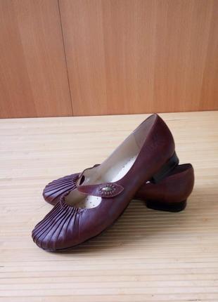 Кожаные туфли caprice walking on air1