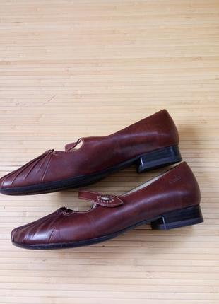Кожаные туфли caprice walking on air4