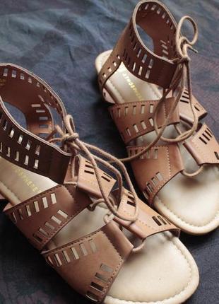 Босоножки гладиаторы, босоножки на шнуровке, сандалии на завязках