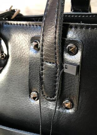 Кожаная вместительная сумочка4 фото