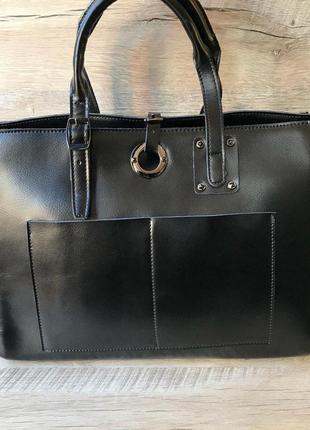Кожаная вместительная сумочка3 фото
