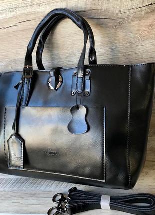 Кожаная вместительная сумочка2 фото