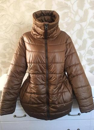 Стёганая приталенная теплая куртка