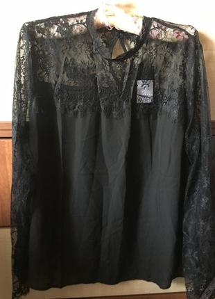 Нарядная кружевная гипюровая блуза