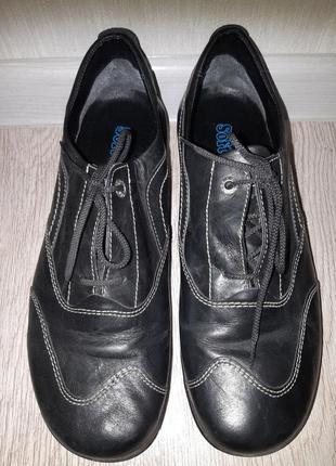 Спортивные туфли softwaves