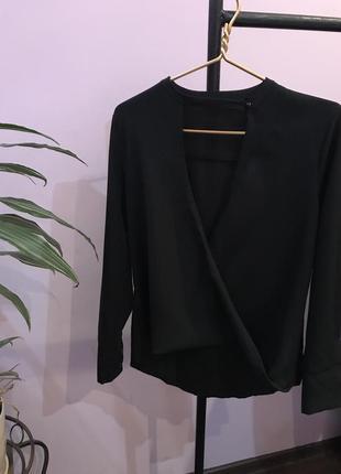 Нереальная блуза
