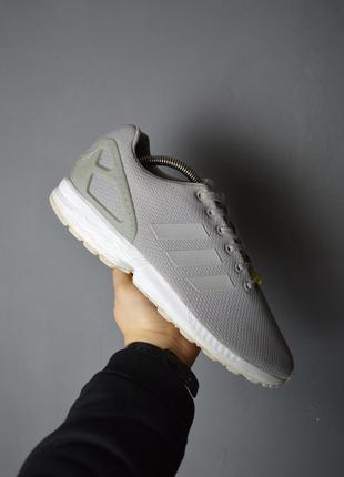 Крутые кроссовки adidas zx flux