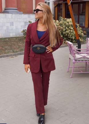 Новые красивый женский костюм марсала