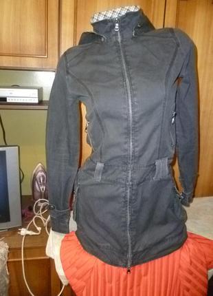 Классная куртка-парка(ветровка)коттоновая с капюшоном удлиненная весна-осень