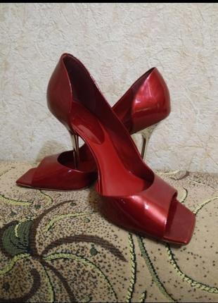 Туфли от бразильской фирмы aldo