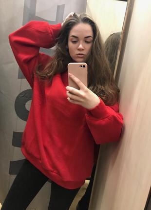 Красная толстовка свитер свитшот худи футболка с длинным рукавом bershka2