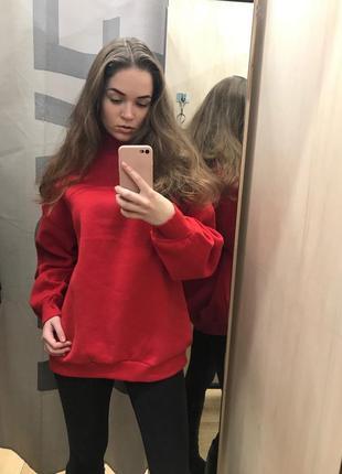 Красная толстовка свитер свитшот худи футболка с длинным рукавом bershka1