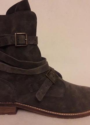 Стильные замшевые ботинки фирмы oxmox ( италия) р. 41 стелька 26,5см1