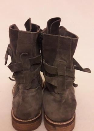 Стильные замшевые ботинки фирмы oxmox ( италия) р. 41 стелька 26,5см6