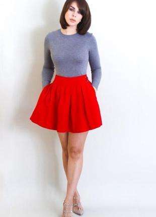 Красная юбочка от zara, размер м