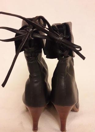 Стильные кожаные ботинки, сапожки фирмы new look p. 37 стелька 24 см5