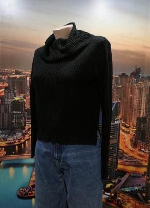 Трендовый укороченный свитер