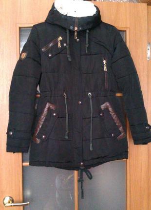 Курточка очень теплая парка зима размер s (наш 42-44)