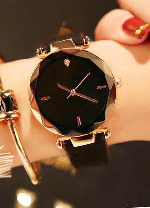Женские наручные часы geneva shine