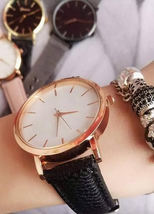 Женские наручные часы classic