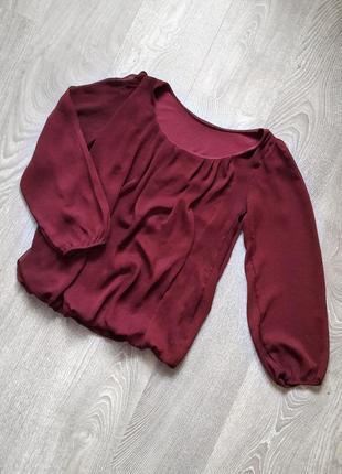Блузка с прозрачными рукавами