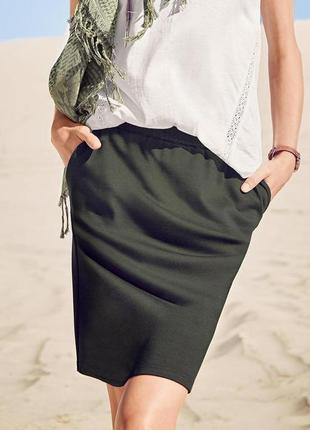 Плотная трикотажная юбка от тсм цвета хаки