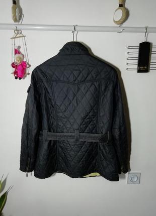 Отличная куртка ветровка barbour2