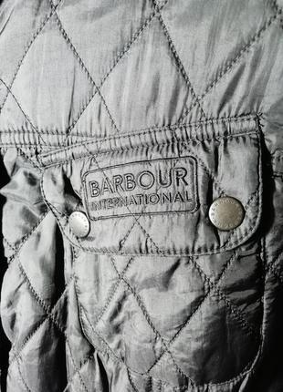 Отличная куртка ветровка barbour6