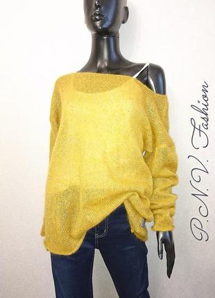 Женский свитер оверсайз с золотом2