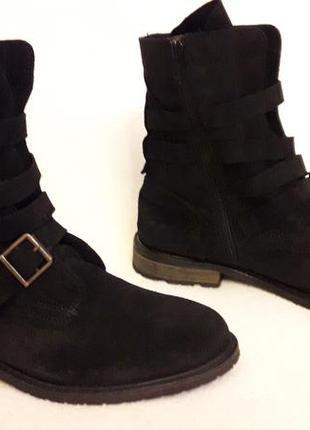 Натуральные замшевые деми ботинки фирмы oxmox p. 41 стелька 26,5см2