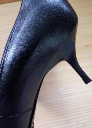 Черные кожаные туфли с кружевом5