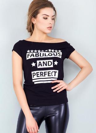 Женская футболка черная с с надписью2
