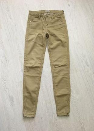 Штаны джинсы чиносы скинни pull&bear. р. 27/s