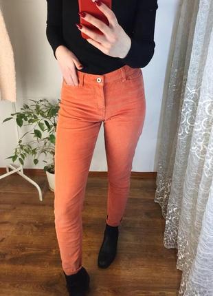 Вельветовые джинсы брюки персиково рыжого цвета
