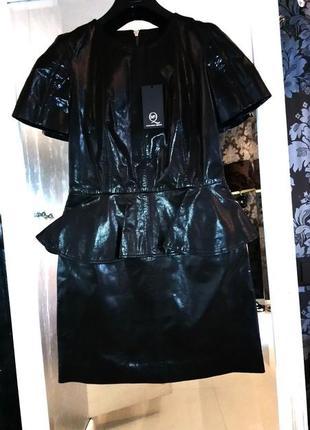 Alexander mcqueen оригинал кожаное новое платье с баской