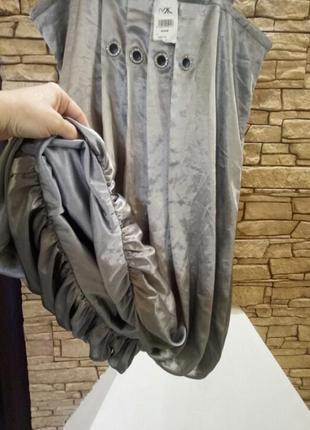 Атласное платье с люверсами и стразами,46-48 размер3