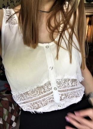 Лёгкая блузка с кружевом fb sister