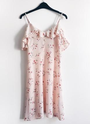 Нежное девичье платье с рюшами atmosphere